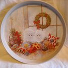 Giftco White Kitten Christmas Scene Round Metal Tray by Giordano (1991) (GB1)