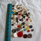 Lot of 100 Assorted Buttons Assorted Sizes and Styles Great for Crafts (WTNM35)