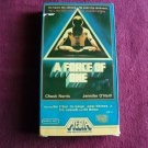 A Force of One - Chuck Norris, Jennifer O'Neill  (VHS, 1984) Martial Arts, Action Adventure PG