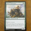 Tajuri Pathwarden - Creature Elf Warrior Ally - Oath of the Gatewatch OGW EN 145 C MTG