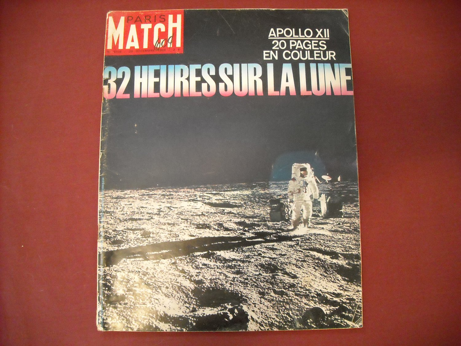 Paris Match # 1076 20 Decembre 1969 French Magazine- 32 Heures Sur La Lune Apollo XII (SG)