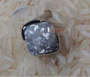 White Stone Ring by handmade 1