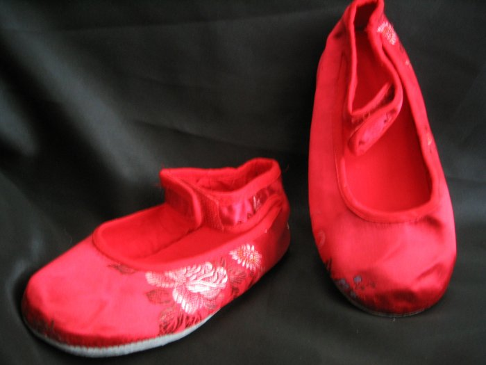 Unique Red Ballerina Type Slippers