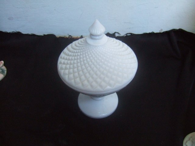Beautiful Fenton Milk Glass Candy Dish With Lid 7.5 Inches Tall