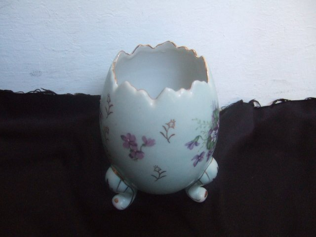 "Handpainted ""Egg Shaped"" Vase Probably Made In Japan"