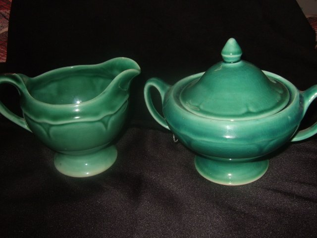 Green McCoy? Sugar And Creamer Set With Lid