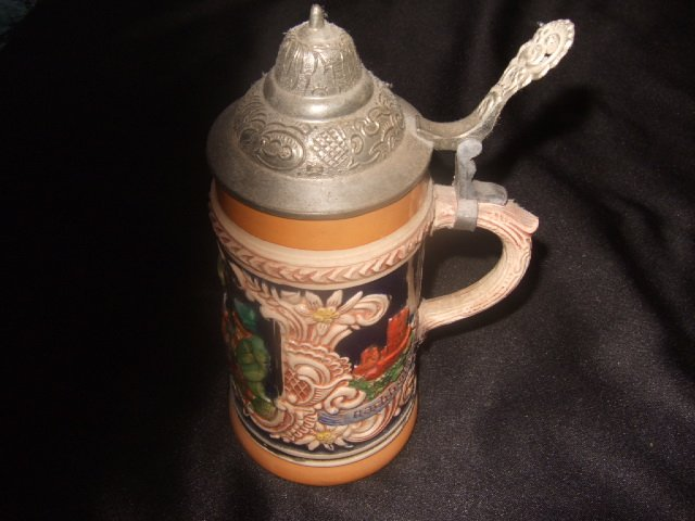Made In Germany Nachheiberjagd Beer Stein 7.25 Inches Tall