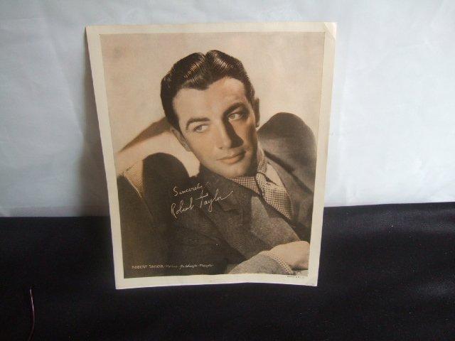 Robert Taylor MGM Studios Publicity Photo '40's 8x10