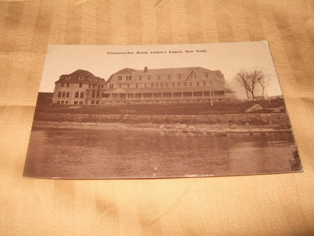 Mannatawket Hotel, Fisher's Island New York 1910's Sepia Toned Postcard