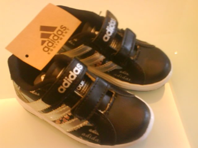 Brand New - Adidas funky black ( KS001S)