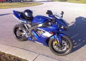 2005  Yamaha YZF-R  R1