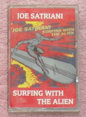 Joe Satriani � Surfing with the Alien audio Cassette