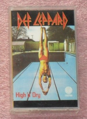 Def Leppard � High and Dry audio Cassette