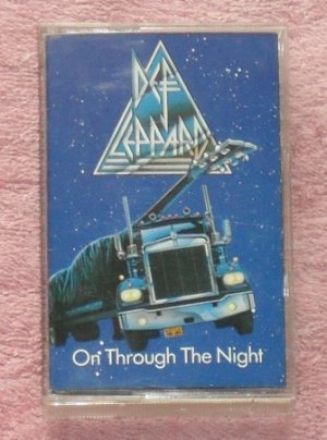 Def Leppard � On through the Night Audio Cassette