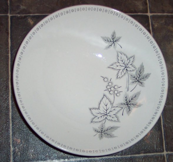 "J & G Meakin ""Maplewood"" Round Vegetable Serving Dish Platter JG Studio China Dinnerware"