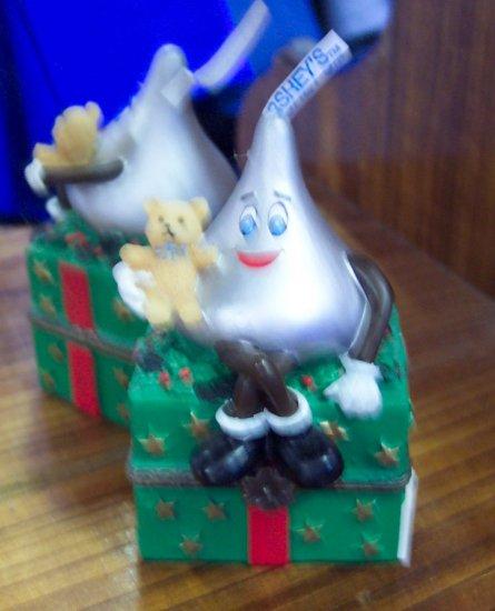 Hershey's Kiss Christmas Trinket Box 2000 Collectible Keepsake Boxes