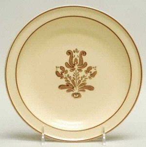 Value of Discontinued Pfaltzgraff Dishes | eHow