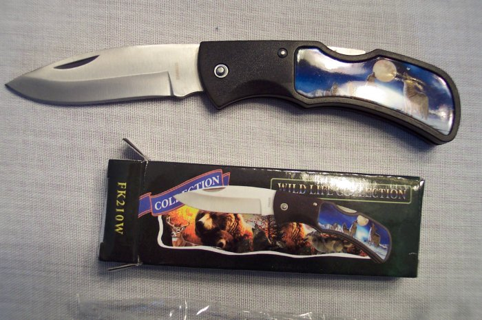 Wild Life Wildlife Collection Pocket Knife ~ FROST CUTLERY ~ Sporting Goods ~ WOLVES ~ FK210W