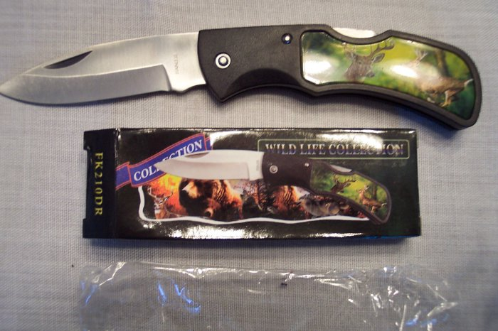Wild Life Collection Pocket Knife ~ FROST CUTLERY ~ Sporting Goods ~ WHITETAIL DEER ~ FK210DR