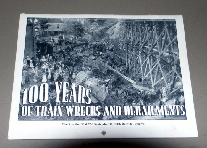 100 Years of Train Wrecks and Derailments - Photos Collection