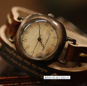 "antique style   ""NUBO SQURE ""  pure handmade watch"