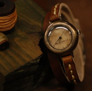 "ANTIQUE type handmade watches  ""  DIVA LEATHER  """