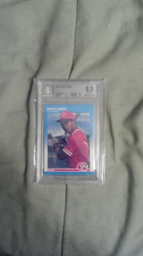 Barry Larkin 1987 Fleer Glossy #204 BGS 8.5