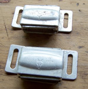 TWO VINTAGE 1960'S CHROME AJAX KITCHEN CABINET Cupboard Hardware MAGNETIC LATCHES CATCHES