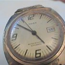VINTAGE TIMEX AUTO DATE WATCH NEEDS CRYSTAL
