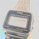 VINTAGE LADIES CASIO ALARM CHRONO LCD WATCH 4U2FIX