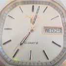 GOOD SQUARE PULSAR DAY DATE QUARTZ WATCH RUNS