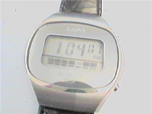 VINTAGE 70'S BULOVA LCD QUARTZ WATCH NOS RUNS 4U2FIX