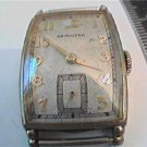 VINTAGE HAMILTON 17J 980 SQUARE WATCH RUNS 4U2FIX CASE