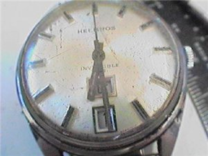 VINTAGE HELBROS DAY DATE AT 6 INVINCIBLE WATCH RUNS
