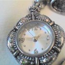 NO NAME SIMPLE LADIES CHARM BRACELET WATCH RUNS