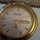 UNUSUAL DIAL DAY DATE GRUEN QUARTZ WATCH RUNS
