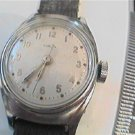 VINTAGE CHROME PLATED BEZEL TIMEX LADIES BOYS WATCH RUN