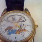 UNUSUAL ROTATING DAYDREAM WINDOW GOOFY DISNEY WATCH