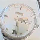 VINTAGE PUSH IN DAY DATE BENRUS AUTO WATCH RUNS 4U2FIX