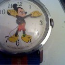 VINTAGE WALT DISNEY MICKEY MOUSE WINDUP WATCH 4U2FIX