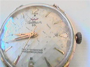 VINTAGE WALTHAM 65 AUTOMATIC WATCH RUNS