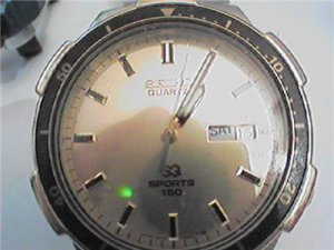 VINTAGE SEIKO SPORTS 150 DAY DATE GP QUARTZ WATCH 4FIX