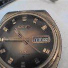 VINTAGE SEIKO DX 6106 DAY DATE AUTO WATCH RUNS 4U2FIX