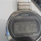 VINTAGE CASIO LCD LITHIUM STEEL CASE CHRONOGRAPH WATCH