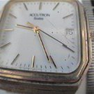 VINTAGE P1 SQUARE BULOVA ACCUTRON QUARTZ DATE WATCH RUN