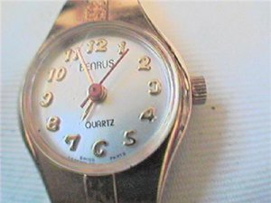 BENRUS RED SECOND HAND LADIES QUARTZ WATCH RUNS 4U2FIX