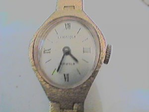VINTAGE 17 JEWEL LA MARQUE WINDUP WATCH RUNS FIX CROWN