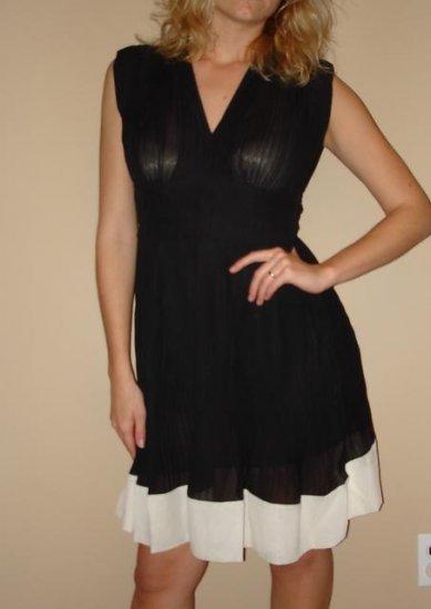 NWT FOREVER 21 black cream pleated sleeveless dress S