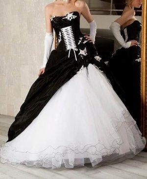 Hot Sale A-line Strapless Wedding Dress Black Taffeta White Organza Ruffled Bridal Gown W180
