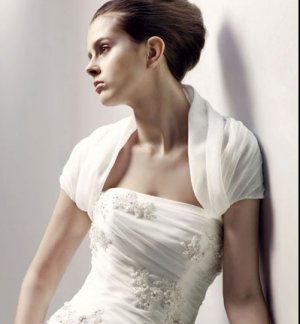 White Ivory Organza Wedding Jackets Pleated Short Sleeves Bridal Bolero Jacket Shawl